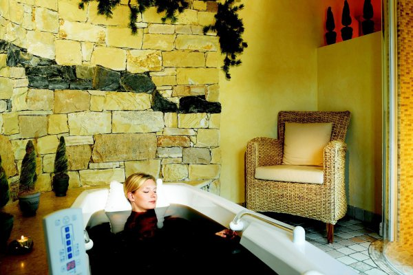Beauty Vitalgarten im Wellnesshotel Karwendel in Pertisau