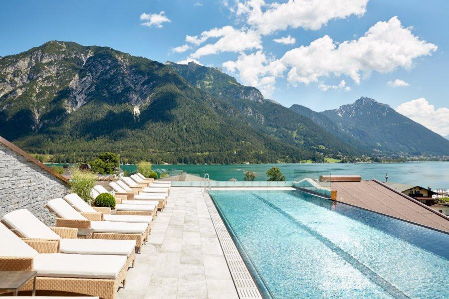 4 hotel mit schwimmbad am achensee wellnesshotel karwendel for Hotel munster mit schwimmbad